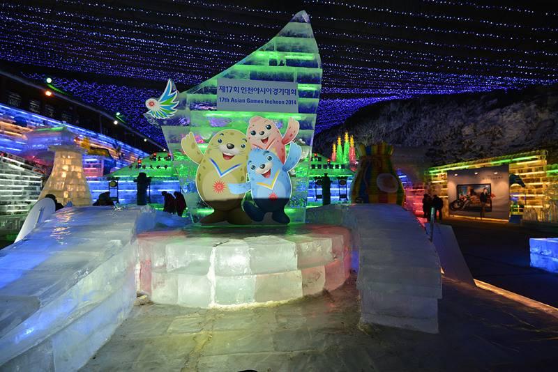 2014龙庆峡冰灯节春节游记