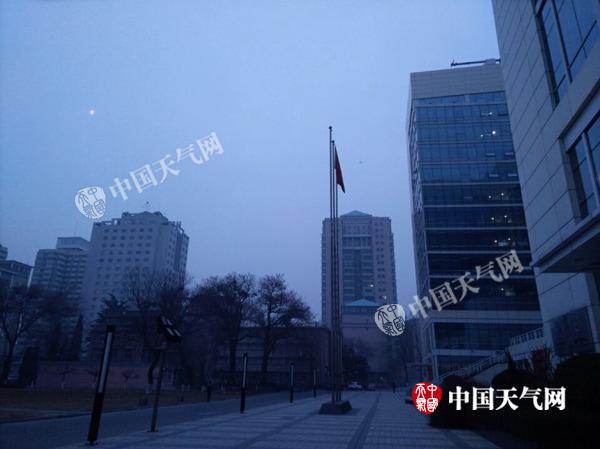 今天北京阵风7级山区有雪 明天蓝天闪现周末再转差