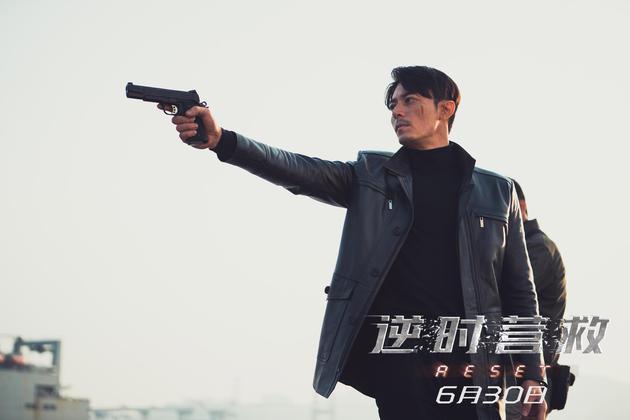 《逆时营救》霍建华冷酷持枪2014戛纳电影节金莎图片