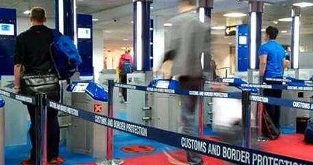 2017年11月17日起新西兰对中国游客开放自助通关