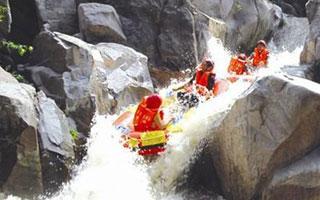 毕升大峡谷漂流自驾游攻略
