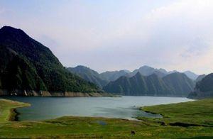 吉林名胜旅游区龙山湖