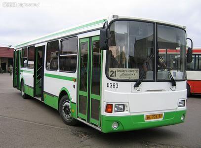 3年内添248辆公交车 龙岩欲投巨资完善公共交通