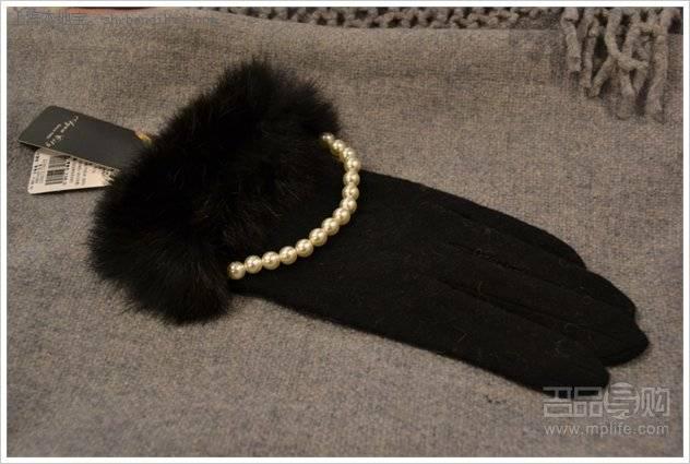 【实拍】范思哲FENDI围巾手套等特卖 50元起