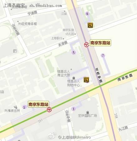 配合施工 地铁10号线南京东路站7号口封闭两个半月图片