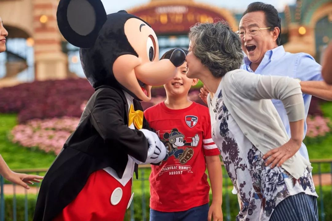 6月过生日的有福了 有机会赢取上海迪士尼免费入园券