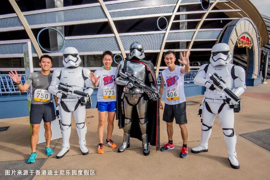 2018上海迪士尼路跑赛日期公布 迪士尼朋友陪跑名单揭晓