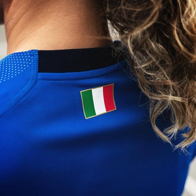 2019女足世界杯意大利女足秋衣造型