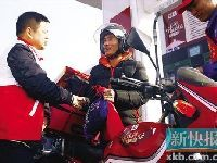 2014春运摩托车大军:广东骑摩托车返乡
