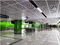 7月15日广州地铁4号线南延段进入列车信