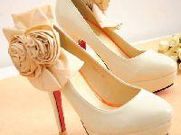 如何选择舒适的高跟鞋 鞋跟是重中之重