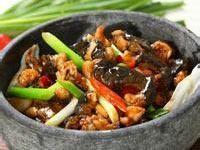 庐山传统菜肴 三杯石鸡