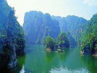 人间瑶池-----宝峰湖
