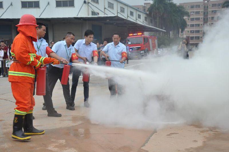 光明新区开展印刷企业消防安全应急演练