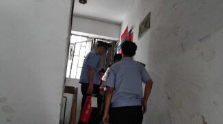 消防民警英勇迅速处置燃气泄漏