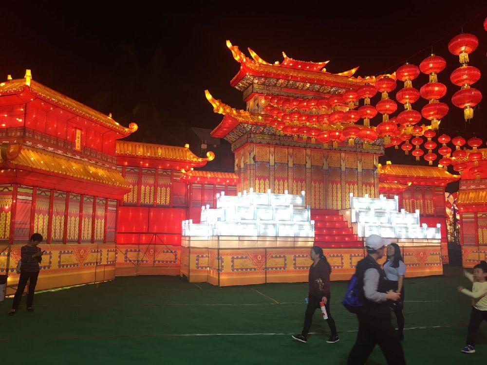 2018深圳欢乐灯会好玩吗(简介 看点)