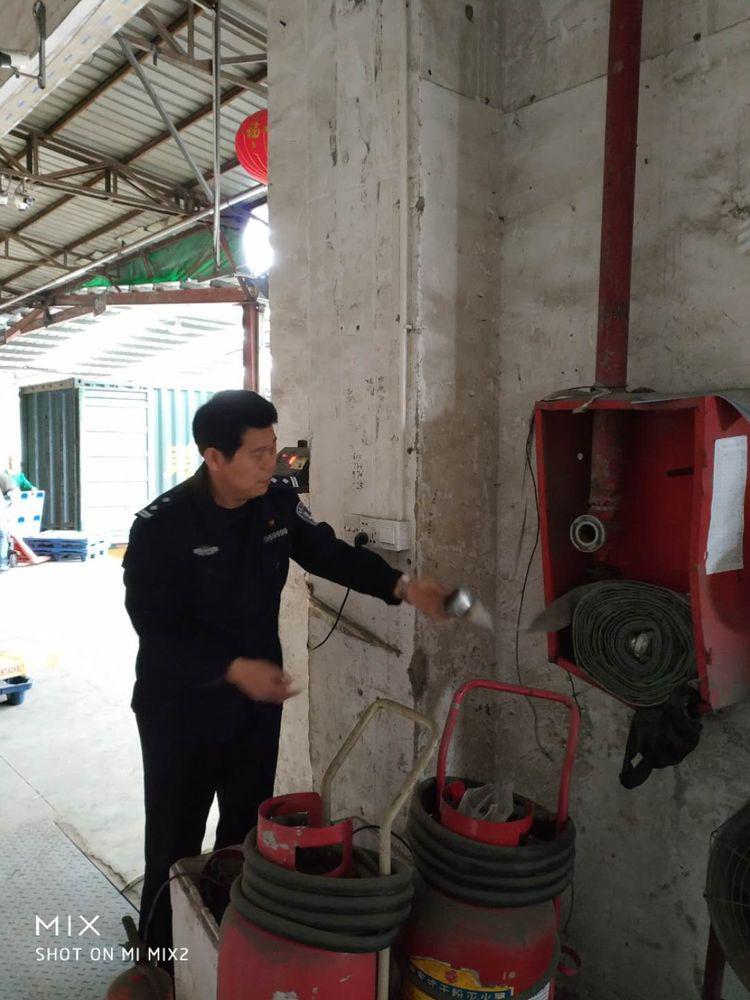 沙湾所积极对辖区企业开展消防安全专项检查