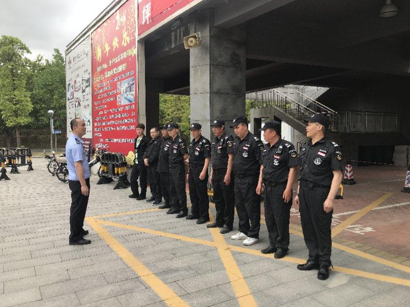 坪山消防监管大队到辖区开展消防  安全培训演练
