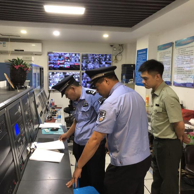 罗湖开展消防安全检查护航文博会