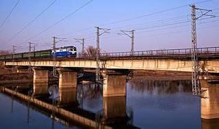 宁夏境内火车站、惠农火车站开办客运业务