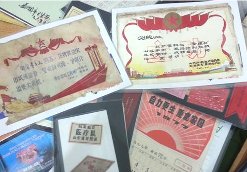 唐山网友近两千件地震物件记录历史