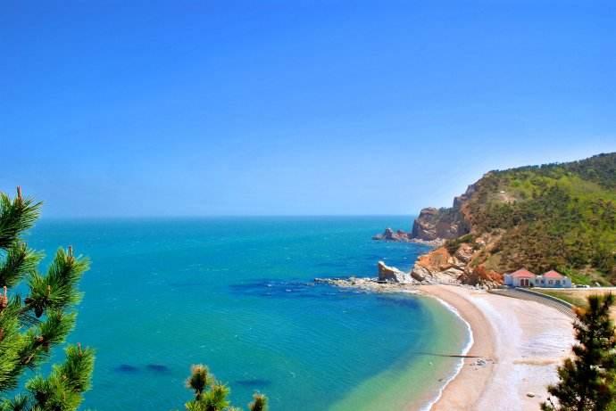 威海周边看海好去处 享受清凉的海风